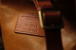 bucket-bag-gloria-beuteltasche-prototyp-no-guts-no-glory-7311