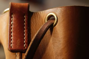 bucket-bag-gloria-beuteltasche-prototyp-no-guts-no-glory-7312