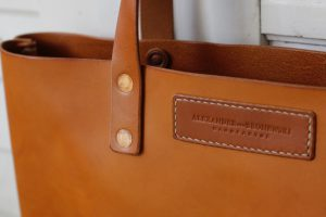 tote-bag-iris-cognac-leder-shopper-7338