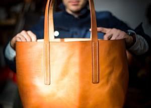 Tote Bag Handtasche handvernäht Leder cognac hellbraun